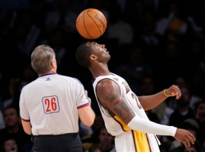 Kobe balancing basketball